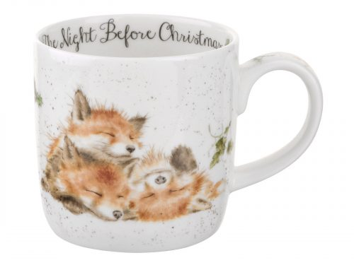 A beautiful delicate illustration of three little foxes having a sleep the night before Christmas, a perfect mug to warm the heart on those chilly Christmas mornings. Size: 0.31L - 11fl.oz.. By: Wrendale. Product Code: MMME5629-XT.