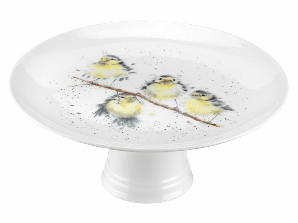 This is a beautifully designed Cake Stand with vibrant colours and intricate detail you can see four stunning birds perching and hanging on a branch. A gorgeous addition to any tea party. Size: 25cm - 9.75