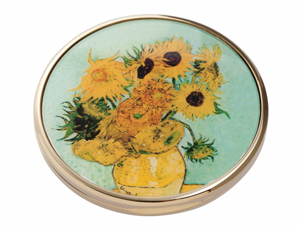 This beautifully crafted pocket mirror made by John Beswick comes with a stunning extract from Vincent Van Gogh's